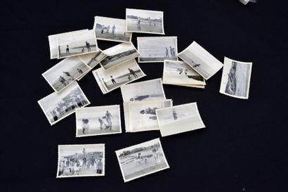 1938. UNE CENTAINE DE TIRAGES PHOTOGRAPHIQUES provenant d'une famille de fonctionnaires...