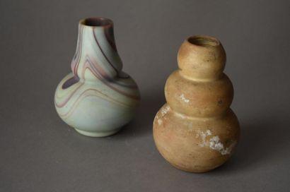 DEUX PETITS VASES en céramique, vers 1930...