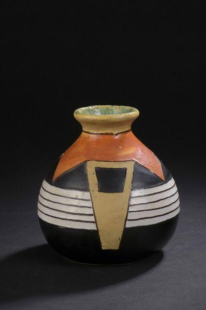 QUIMPER - RENAUD  Vase boule en céramique...