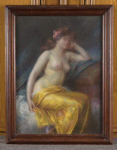Delphin ENJOLRAS (1857-1945)  Femme assise  Pastel sur papier marouflé sur toile....