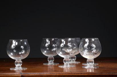 LALIQUE FRANCE - Six verres à cognac en cristal....