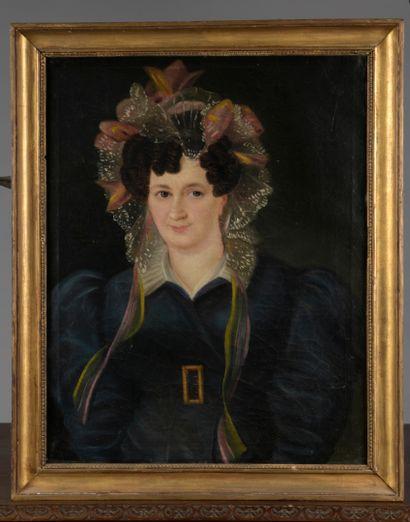 École FRANÇAISE, 1828  Portrait de femme  Toile.  66,6 x 53,5 cm