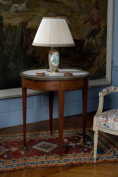 Table bouillotte en bois de placage, style...