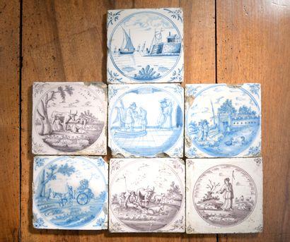 DELFT, XVIIIe siècle - Lot de sept carreaux. Accidents.