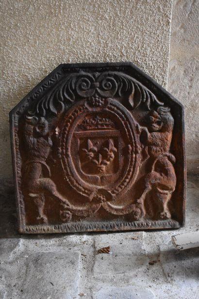 PLAQUE DE CHEMINEE en fonte de fer, XIXe...