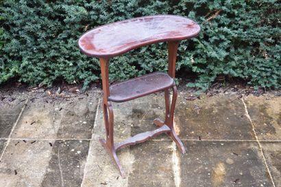 Table en acajou de la fin du XIXe siècle...