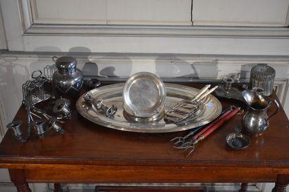 CHRISTOFLE  Plat ovale en métal argenté,...