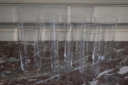 Six verres à orangeade en cristal, vers 1930  H. 14 cm  On y joint un autre verre...
