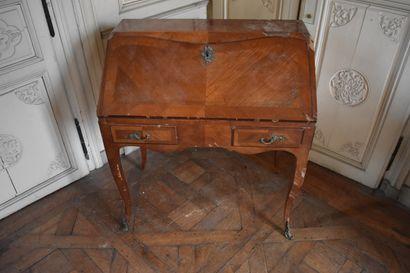 BUREAU DE PENTE en bois de placage d'époque...