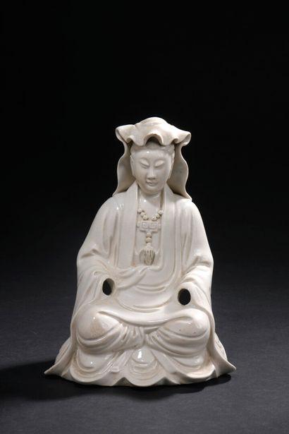 Deux statuettes de Guanyin et Shouloa en...