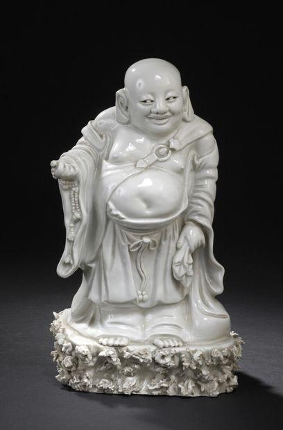 Statuette de budai en porcelaine blanc de...