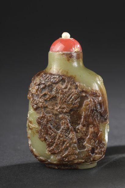 Tabatière en jade céladon et rouille  Chine,...