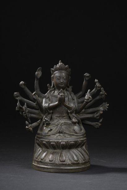 Deux statuettes en bronze  Chine et Tibet,...