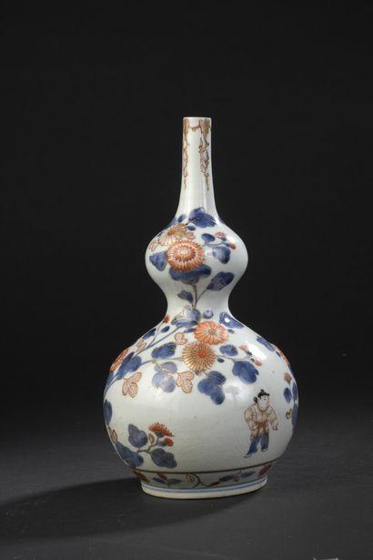 Vase en porcelaine Imari  Japon, époque Edo,...