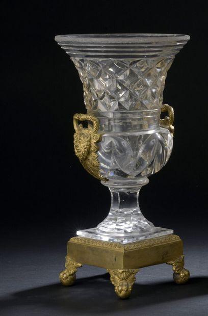 Vase Médicis en cristal du Creusot d'époque...