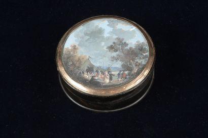 Boîte ronde en écaille ornée d'une miniature,...