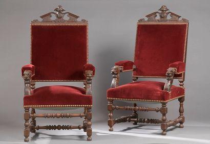 Paire de fauteuils en bois naturel de style...