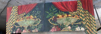 Deux panneaux de décor, peints de coupes...
