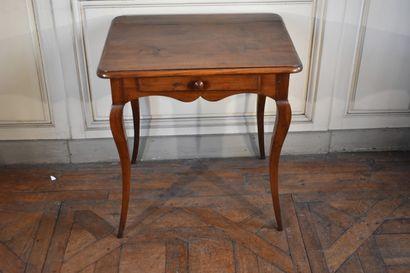 Petite table à écrire en bois naturel d'époque...