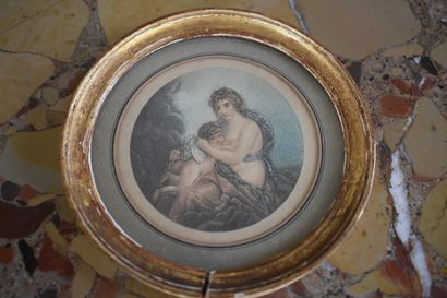 Suite de trois petites gravures en couleurs du XVIIIe siècle  Titrées 'La beauté...
