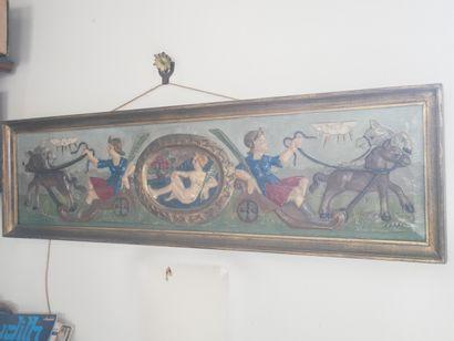 3ème étage  Élément en bois sculpté représentant...
