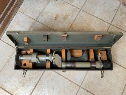 Optique de char dans sa caisse PZ.Z.FR, 25...