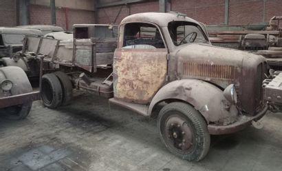 Camion plateau Borgward, modèle B 3000, 3...