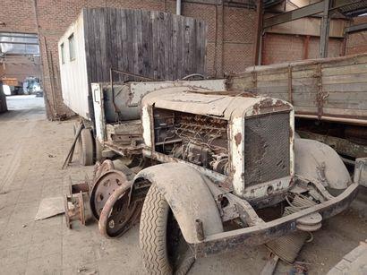 Camion Mercedes, type LG 3000, 6 x 4, moteur...