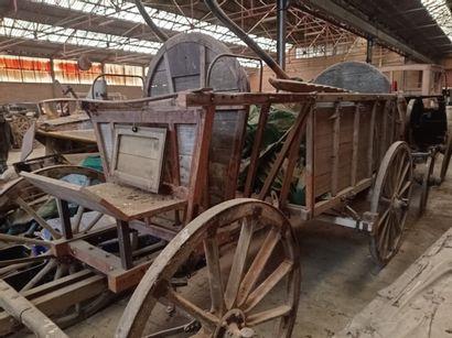 Chariot hippomobile, modèle HF1, à quatre...