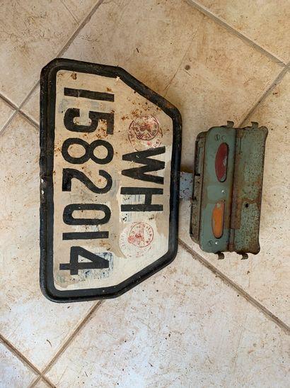 Plaque d'immatriculation de camion avec ...