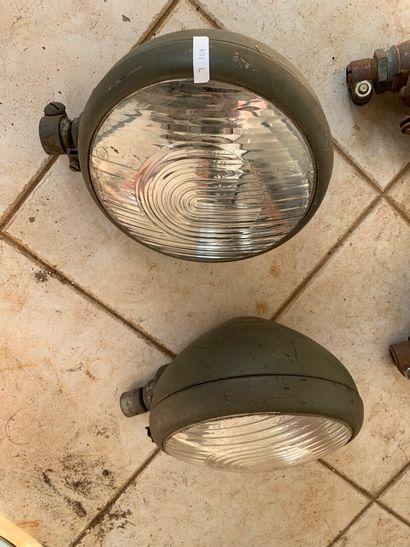 Paire de phares Bosch. Ø des verres : 18...