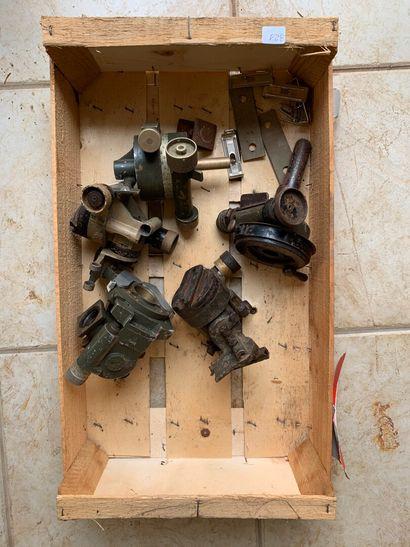 Optiques démontés, modèle RA35.