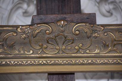 Cadre en bois et stuc doré par Kourent et Kaiser de style Régence  H. 111 L. 89...