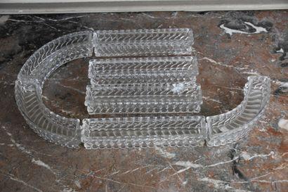 Centre de table en cristal de Baccarat composé...