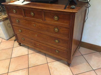 Commode en bois naturel de style Louis XVI,...