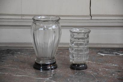 Deux vases en cristal, monture argent, poinçon...