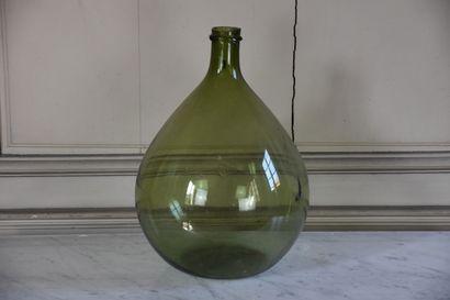 Dame Jeanne en verre, début du XXe siècle...