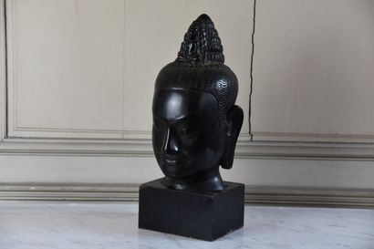 Tête de Bouddha en bronze, XXe siècle  Sur...