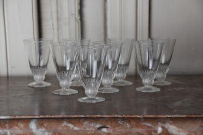 Lalique France  Huit verres à liqueur en...