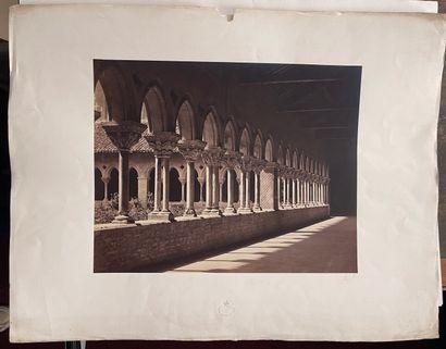 Louis-Auguste Bisson (1814-1876)  Cloître de l'abbaye Saint-Pierre, Moissac, 1856...