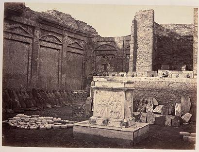 Photographes romains et napolitains non crédités  Rome, Naples, Sorrento, Amalfi,...