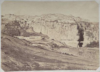 Charles Clifford (1821-1863, attr.)  Vue générale de l'Alhambra depuis la Colline...