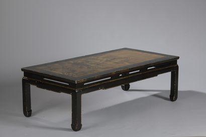 TABLE BASSE à décor chinois