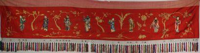 CHINE, vers 1900 : PANNEAU DE DECORATION