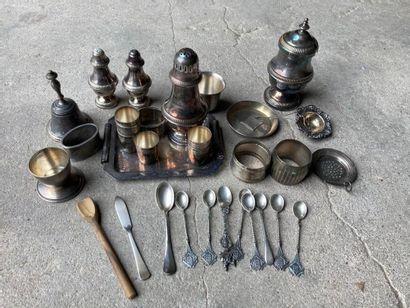 LOT en métal