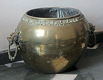 CACHE-POT en bronze. Chine.