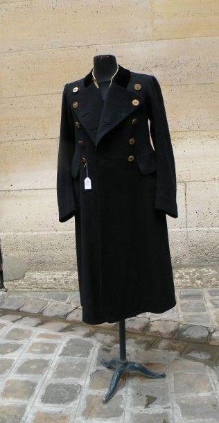 Manteau de cocher et habit de majordome,...