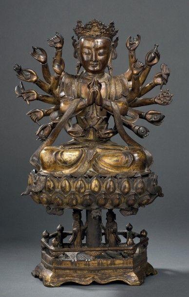 Sculpture d'Avalokitesvara en bronze doré...