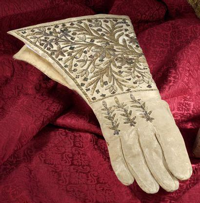 Rare gant d'homme à crispin, début du XVIIe...