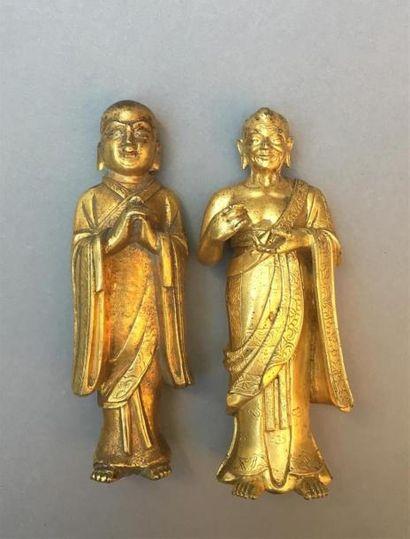 DEUX STATUETTES D'ANANDA ET KASYAPA en bronze...